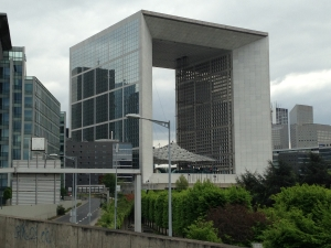 The Grande Arche from the back (Nanterre side)
