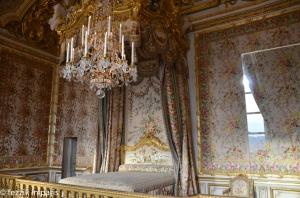 The queen's bedroom.