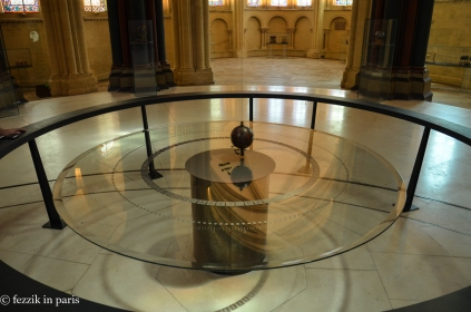 A Foucault's Pendulum. (Umberto Eco reference goes here)