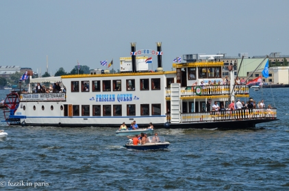 I hate paddlewheelers (they remind me of living in the South). This one is colorful, though.