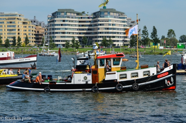 The Purrito found this thing listed for sale on a vessel broker site last night. This is a seriously luxe tugboat.