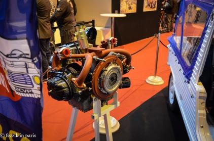 The hilariously tiny 2CV engine.