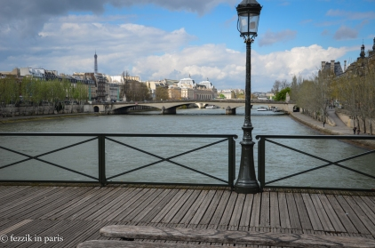Le pont des Arts, looking much better now that heavy-duty plexiglass has been put in place to prevent the accumulation of love locks.