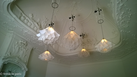 A strange dancing-ceiling-puffball installation from the Rijksmuseum.