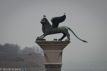 A lovely zoomed shot of the lion atop the Colonne di San Marco.