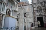 A lion, a seagull, and the tetrarchs walk into a bar in the Doge's palace...
