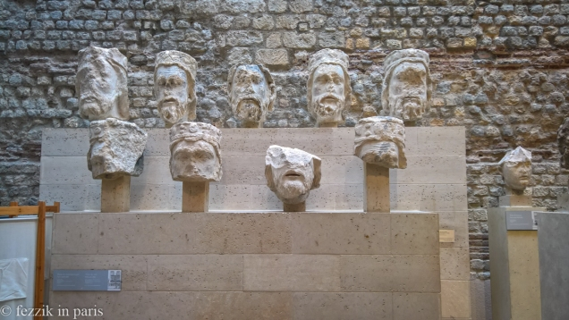 The original heads of various kings that line nôtre dame.
