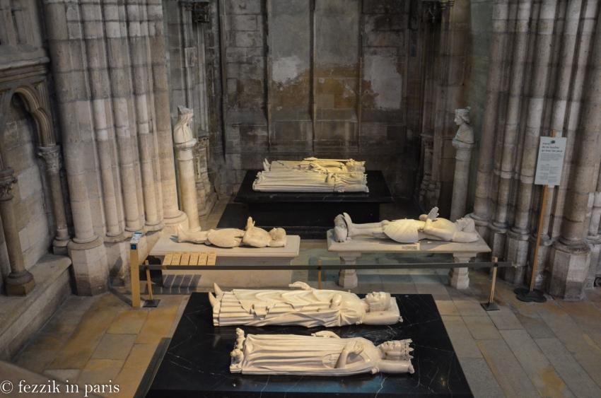 Charles VI le Fou (top, black plinth), Isabeau de Baviére. Marie d'Anjou (left bust on pillar), Charles VII (right bust on pillar). Bertrand de Guesclin (left, recumbent on white plinth), Louis de Sancerre. Charles V (top black plinth, foreground), Jeanne de Bourbon.
