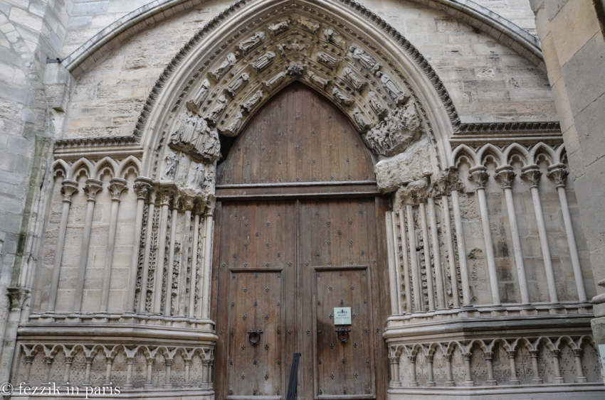 The entrance to the southern transept.