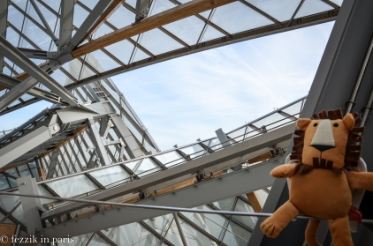 Marco on the roof of Fondation Louis Vuitton.